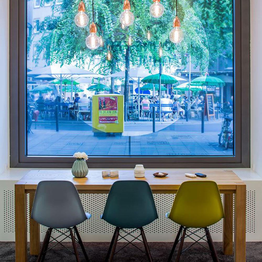 Store von IQOS in Frankfurt Deutschland Europe - Tünnissen Interiors, Messen, Events und Ausstellungen NRW Deutschland Europe