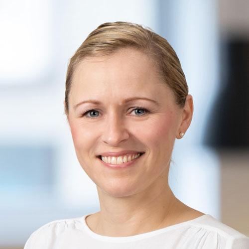 Portrait von der Designerin bei Tünnissen Kranenburg NRW Deutschland Europe