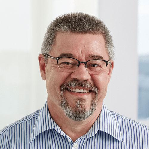 Portrait vom stellvertretenden Geschäftsführer bei Tünnissen Kranenburg NRW Deutschland Europe