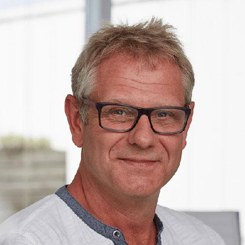 Portrait vom Projektleiter bei Tünnissen Kranenburg NRW Deutschland Europe